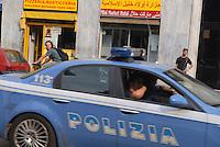- Milan, arab food stores and Police in Padova street....- Milano, negozi arabi di alimentari e Polizia in via Padova