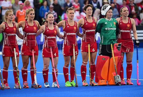 30.08.2015. Lea Valley, London, England. Unibet EuroHockey Championships Day 10. Gold Medal Final. England versus Netherlands. The England team sing the National Anthem