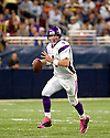 October 11, 2009 - St Louis, Missouri, USA - Vikings quarterback Brett Favre (4) in action in the game between the St Louis Rams and the Minnesota Vikings at the Edward Jones Dome.  The Vikings defeated the Rams 38 to 10.  .