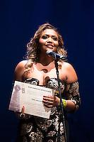 SAO PAULO, SP, 12 DE MARÇO DE 2013. PREMIO APCA. Gaby Amarantos recebe o premio de cantora de 2012  da  Associação Paulista dos Criticos de arte. O evento da 57 edição do prêmio dos Melhores do ano da APCA aconteceu na noite desta segunda feira no Teatro  Paulo Autran no Sesc Pinheiros. FOTO ADRIANA SPACA/BRAZIL PHOTO PRESS