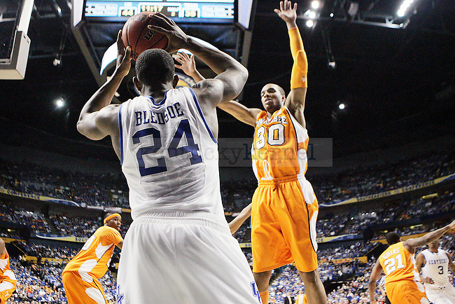 Freshman guard Eric Bledsoe looks for a pass in the second half of UK's 74-45 win over Tennessee at Bridgestone Arena in Nashville, TN during the SEC Semifinals on Saturday, March 13, 2010. Photo by Britney McIntosh | Staff