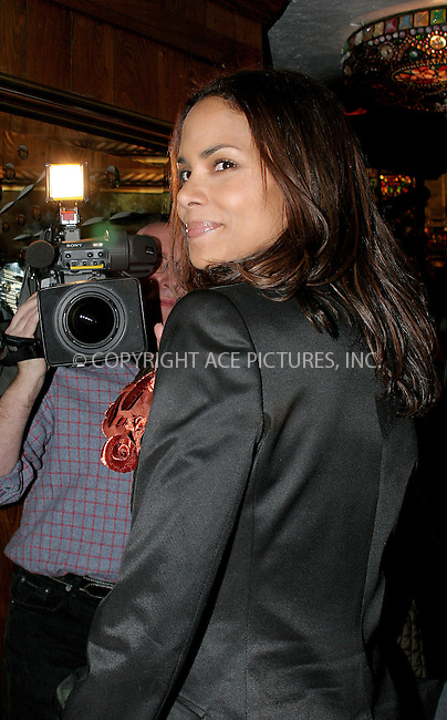 WWW.ACEPIXS.COM . . . . .  ....NEW YORK, JANUARY 10 2006.... ..Halle Berry at the 2005 National Board of Review of Motion Pictures Awards ceremony held at Tavern on the Green. ....Please byline: NANCY RIVERA- ACE PICTURES.... *** ***..Ace Pictures, Inc:  ..Craig Ashby (212) 243-8787..e-mail: picturedesk@acepixs.com..web: http://www.acepixs.com
