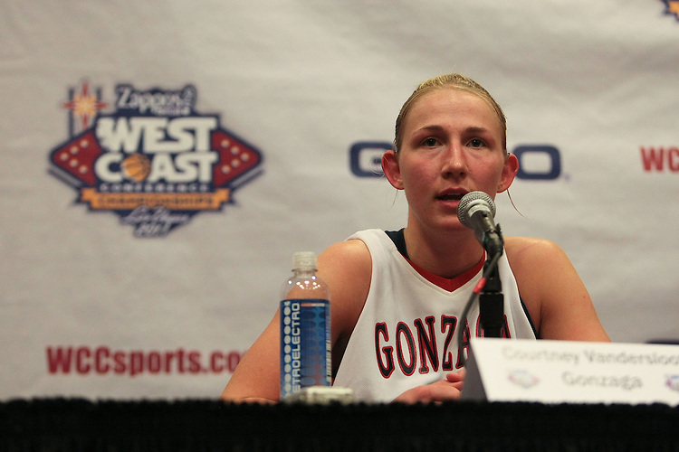 March 6, 2011; Las Vegas, NV, USA;  Gonzaga Bulldogs guard Courtney Vandersloot (21) during the WCC Basketball Championships at Orleans Arena.