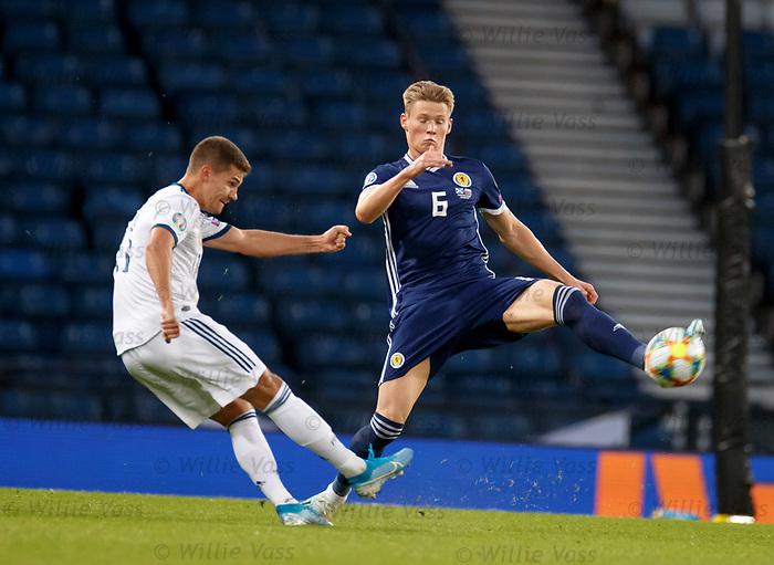 06.09.2019 Scotland v Russia, European Championship 2020 qualifying round, Hampden Park:<br /> Scott McTominay bolcks Roman Zobnin