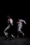 Le temps scellé<br /> <br /> Chorégraphie : Nacera Belaza<br /> Interprètes : Tarik Bouarrara, Dalila Belaza, Nacera Belaza<br /> Création lumière et son: Nacera Belaza<br /> Régie lumière : Christophe Renaud<br /> Théâtre de la Cité Internationale, Paris<br /> Le 02/04/2012<br /> © Laurent Paillier / photosdedanse.com<br /> All rights reserved