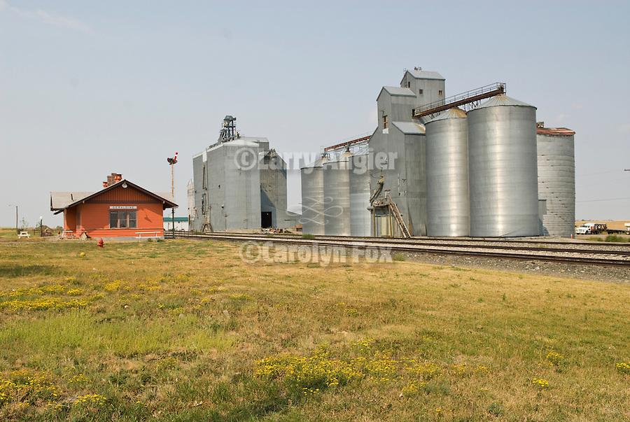 Geraldine Milwaukee Railway Depot; grain elevators and grain storage bins (tanks)