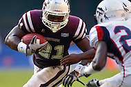 September 7, 2013  (Washington, DC) Shelton Hamilton RB #21 of Morehouse runs the ball in the 4th quarter of the AT&T Nations Football Classic  between the Howard Bison and Morehouse Maroon Tigers. Howard won 27-16. (Photo by Don Baxter/Media Images International)