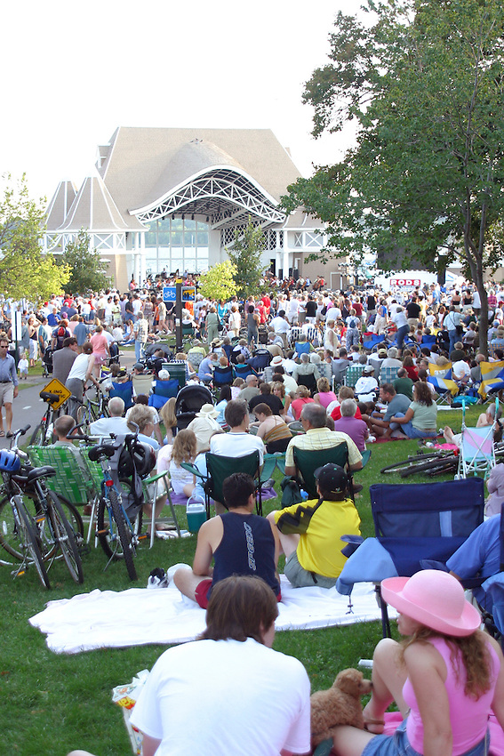 Minneapolis, Minnesota - Sept 19, 2004 Classical orchestra outdoor concert at the Lake Harriet bandshell on the shores of Lake Harriet in Minneapolis, Minnesota. The bandshell hosts concerts throughout the summer months.