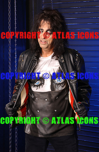 Alice Cooper photo session, Photographed at the House Of Blues in Orlando FL, 1-28-05<br />