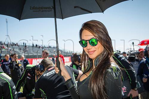 02.04.2016. Motorland, Aragon, Spain. World Championship Motul FIM of Superbikes.  Umbrella girl during the race  in the World Championship Motul FIM of Superbikes from the Circuito de Motorland.