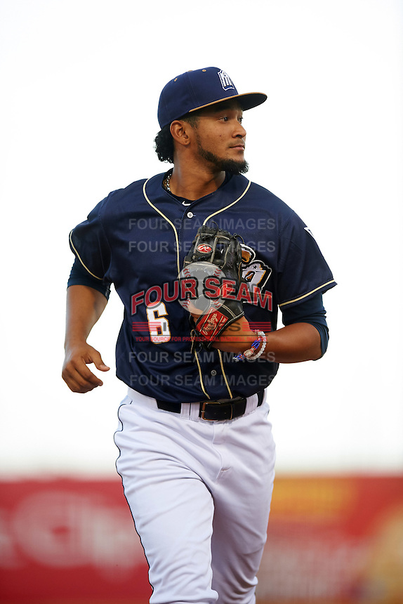 San Antonio Missions shortstop Jose Rondon (6) jogs to the dugout during a game against the Midland RockHounds on April 21, 2016 at Nelson W. Wolff Municipal Stadium in San Antonio, Texas.  Midland defeated San Antonio 9-2.  (Mike Janes/Four Seam Images)