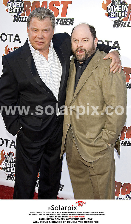 ALL ROUND PICTURES BY SOLARPIX.COM.*MUST CREDIT SOLARPIX.COM OR DOUBLE FEE WILL BE CHARGED*.The Comedy Central's Roast of William Shatner at CBS Studio Center in Studio City in California in the USA on 13_08_06..This pic:WILLIAM SHATNER and JASON ALEXANDER...DATE:24_08_06-JOB REF:2742-PHZ