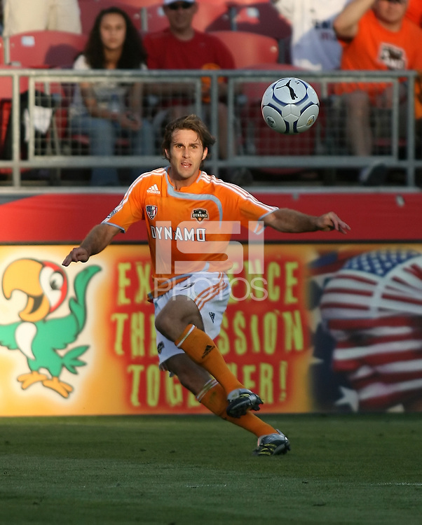 Houston Dynamo midfielder Brian Mullan (9)receives a pass.   Houston Dynamo beat FC Pachuca 2-0 at Robertson Stadium in Houston, TX on March 15, 2007 in the first of a two game series in the CONCACAF Champions' Cup semi-finals.