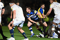Chris Cook of Bath Rugby looks to pass the ball. Aviva Premiership match, between Worcester Warriors and Bath Rugby on January 5, 2018 at Sixways Stadium in Worcester, England. Photo by: Patrick Khachfe / Onside Images