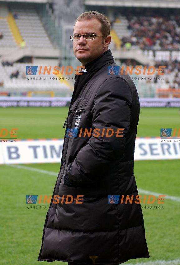 Campionato Italiano Serie B  2006-2007<br /> 17 Feb.2007<br /> Torino stadio olimpico<br /> Juventus - Crotone ( 5-0)<br /> Gianluca Pessotto prima della partita.<br /> Gianluca Pessotto before the match.<br /> Photo Pier Marco Tacca / Inside