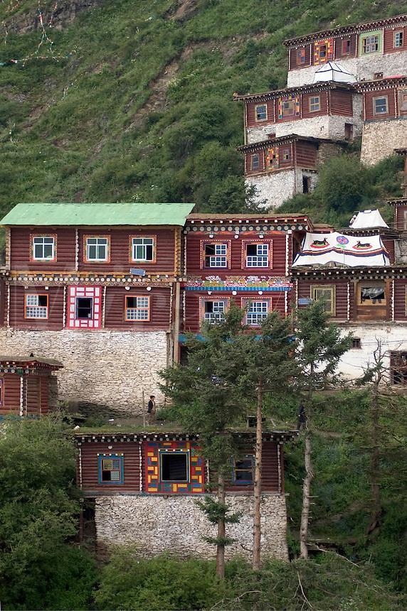 Hermitage buildings above Katok Dorjeden Monastery - Kham, (eastern, Tibet), Sichuan Province, China