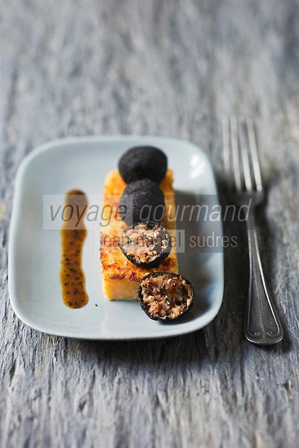 Pieds de cochon à la truffe et macaire de pommes de terre - recette de Christian Constant EXCLU: EDITION LIVRE CUISINE DU SUD-OUEST