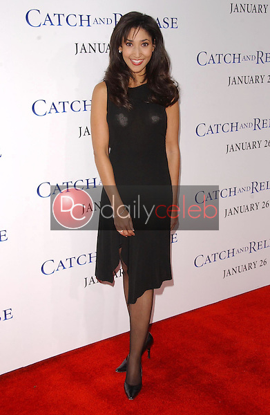 """Bettina Bush<br />at the world premiere of """"Catch and Release"""". The Egyptian Theatre, Hollywood, CA. 01-22-07<br />Dave Edwards/DailyCeleb.com 818-249-4998"""