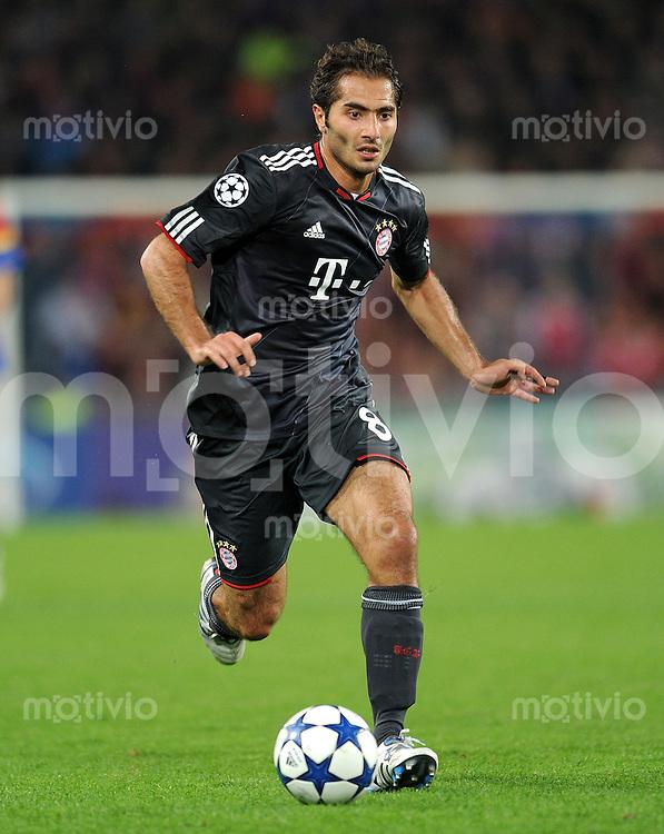 FUSSBALL   CHAMPIONS LEAGUE   SAISON 2010/2011   GRUPPE  E  FC Basel - FC Bayern  Muenchen     28.09.2010 Hamit Altintop (FC Bayern Muenchen)