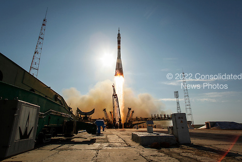 The Soyuz TMA-04M rocket launches from the Baikonur Cosmodrome in Kazakhstan on Tuesday, May 15, 2012 carrying Expedition 31 Soyuz Commander Gennady Padalka, NASA Flight Engineer Joseph Acaba and Flight Engineer Sergei Revin to the International Space Station.  .Mandatory Credit: Bill Ingalls / NASA via CNP