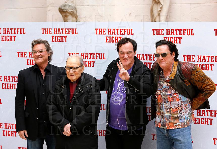 Il regista statunitense Quentin Tarantino, secondo da destra, posa con gli attori Kurt Russell, sinistra, e Michael Madsen, destra, e il compositore Ennio Morricone, durante un photocall per la presentazione del suo nuovo film &quot;The Hateful Eight&quot; a Roma, 28 gennaio 2016.<br /> U.S. director Quentin Tarantino,  second from right, poses with actors Kurt Russell, left, and Michael Madsen, right, and composer Ennio Morricone, during a photo call for the presentation of his new movie 'The Hateful Eight' in Rome, 28 January 2016.<br /> UPDATE IMAGES PRESS/Riccardo De Luca