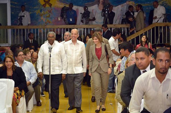La Universidad Intec Realizó un dialogo con el candidato Max Puig .Foto:Saturnino Vasquez/acento.com.do.Fecha: 13/02/2012
