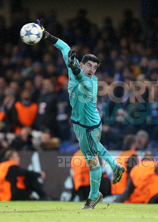 Chelsea's Thibaut Courtois makes a save<br /> <br /> UEFA Champions League - Chelsea v FC Porto - Stamford Bridge - England - 9th December 2015 - Picture David Klein/Sportimage