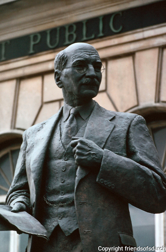 London:  Bronze of Clement Atlee--the Passmore Edwards Limehouse District Pulbic Library, Commercial Road, Limehouse.  Photo  '90.