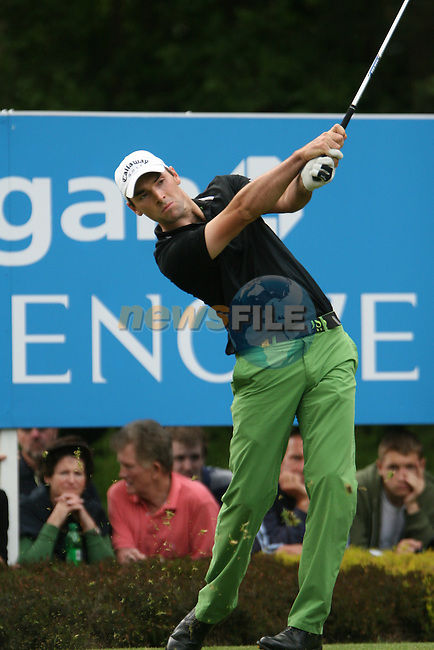 Oliver Wilson tees off on the 14th hole during the final round of the 2008 BMW PGA Championship at Wentworth Club, Surrey, England 25th May 2008 (Photo by Eoin Clarke/GOLFFILE)