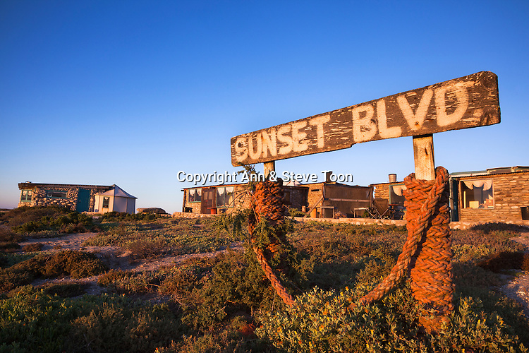 Noup Divers' huts self-catering accommodation, Koingnaas, Namaqualand diamond coast, Northern Cape, South Africa