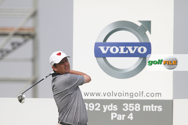 Peter Lawrie (IRL) on the 11th on the Final Day of the 2012 Volvo China Open at Binhai Lake Golf Club, Tianjin, China...(Photo Jenny Matthews/www.golffile.ie)