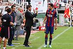 Barcelona´s coach Luis Enrique talks to Sergio Busquets during La Liga match between Rayo Vallecano and Barcelona at Vallecas stadium in Madrid, Spain. October 04, 2014. (ALTERPHOTOS/Victor Blanco)