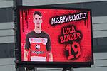 22.07.2017, Millerntor-Stadion, Hamburg, GER, FSP, FC St. Pauli vs SV Werder Bremen<br /> <br /> im Bild<br /> Anzeigetafel, Luca Zander (St. Pauli #19) bei Auswechslung, <br /> <br /> Foto &copy; nordphoto / Ewert