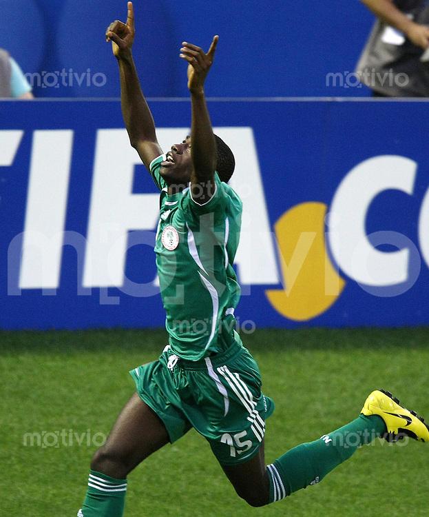 Fussball International U17 WM Achtelfinale  Nigeria 2-1 Kolumbien Nigeria 2-1 Columbia JUBEL NGA; Sheriff Isa nach seinem Tor zum 1-1 Ausgleich