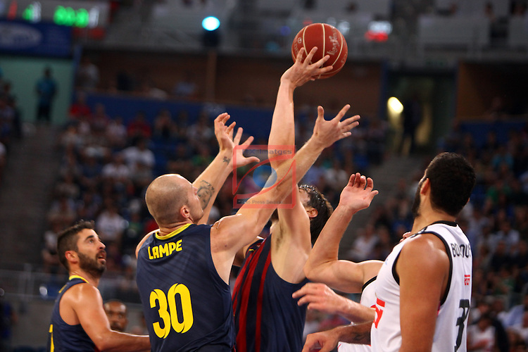 XI Supercopa ENDESA-Final.<br /> R. Madrid vs FC Barcelona: 99-78.<br /> Lampe, Tomic &amp; Bourousis.