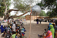 "Westafrika Mali Beratung einer Dorf Kommune , Rechenschaftslegung der Kommune und deren Vertreter  - Demokratie Wahl Dezentralisierung | .Africa Mali - village meeting , local politician report about the spent funds and taxes for the village development | [ copyright (c) Joerg Boethling / agenda , Veroeffentlichung nur gegen Honorar und Belegexemplar an / publication only with royalties and copy to:  agenda PG   Rothestr. 66   Germany D-22765 Hamburg   ph. ++49 40 391 907 14   e-mail: boethling@agenda-fototext.de   www.agenda-fototext.de   Bank: Hamburger Sparkasse  BLZ 200 505 50  Kto. 1281 120 178   IBAN: DE96 2005 0550 1281 1201 78   BIC: ""HASPDEHH"" ,  WEITERE MOTIVE ZU DIESEM THEMA SIND VORHANDEN!! MORE PICTURES ON THIS SUBJECT AVAILABLE!! ] [#0,26,121#]"
