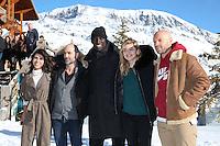 """REEM KHERICI, LE REALISATEUR PIERRE CORE, OMAR SY, LOUANE EMERA ET FRANCK GASTAMBIDE AU PHOTOCALL DU FILM """"SAHARA"""" - 20EME FESTIVAL INTERNATIONAL DU FILM DE COMEDIE DE L'ALPE D'HUEZ 2017"""