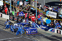 19-20 February, 2016, Daytona Beach, Florida USA<br /> Elliott Sadler makes a pit stop.<br /> ©2016, F. Peirce Williams