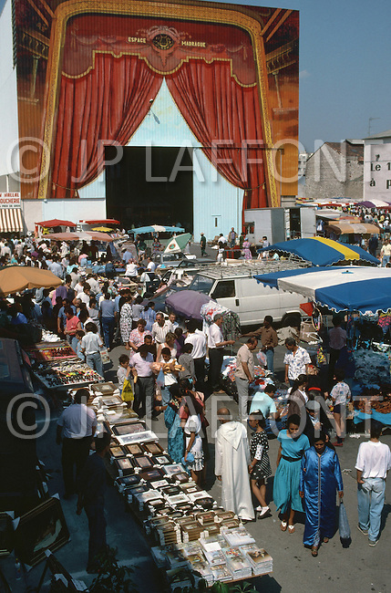 May 1989 --- Market near Boulevard Oddo in Marseille. --- Image by © JP Laffont
