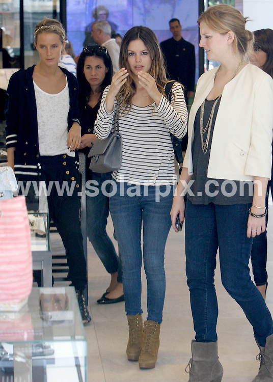 **ALL ROUND PICTURES FROM SOLARPIX.COM**                                             **SYNDICATION RIGHTS FOR UK AND SPAIN ONLY**                                                                                  Caption: Rachel Bilson shopping for a ring at the Chanel store in Beverly Hill afetr just getting back together with Hayden Christensen, CA, USA, 10 November 2010                                                                              This pic: Rachel Bilson                                                                                             JOB REF: 12457    STL       DATE: 10_11_2010                                                           **MUST CREDIT SOLARPIX.COM OR DOUBLE FEE WILL BE CHARGED**                                                                      **MUST AGREE FEE BEFORE ONLINE USAGE**                               **CALL US ON: +34 952 811 768 or LOW RATE FROM UK 0844 617 7637**