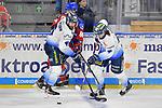 Steven Seigo (Nr.6 - ERC Ingolstadt) und Mirko Hoefflin (Nr.92 - ERC Ingolstadt), Andrew Desjardins (Nr.84 - Adler Mannheim) beim Spiel in der DEL, Adler Mannheim (blau) - ERC Ingolstadt (weiss).<br /> <br /> Foto © PIX-Sportfotos *** Foto ist honorarpflichtig! *** Auf Anfrage in hoeherer Qualitaet/Aufloesung. Belegexemplar erbeten. Veroeffentlichung ausschliesslich fuer journalistisch-publizistische Zwecke. For editorial use only.