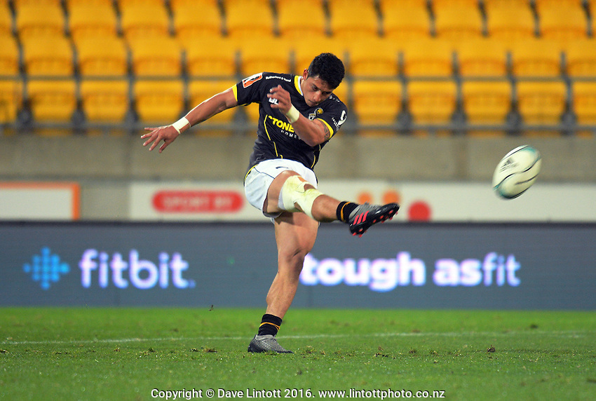 TJ Va'a clears during the Mitre 10 Cup rugby union match between Wellington Lions and North Harbour at Westpac Stadium, Wellington, New Zealand on Saturday, 3 September 2016. Photo: Dave Lintott / lintottphoto.co.nz