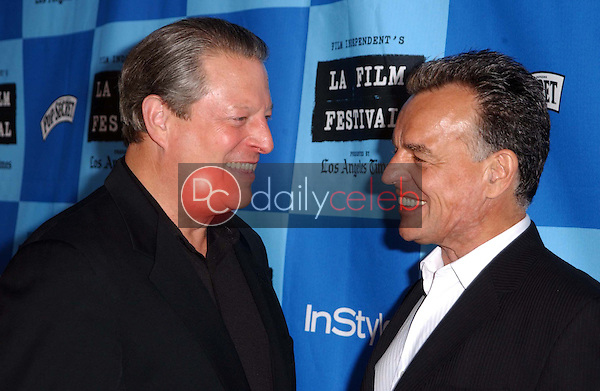 Al Gore and Ray Wise<br />at a Special Outdoor Screening of &quot;An Inconvenient Truth&quot;. Grand Performances, Los Angeles, CA. 06-24-06<br />Dave Edwards/DailyCeleb.com 818-249-4998