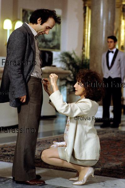 Grand Hotel di Rimini - 1991 , Roberto Benigni con Nicoletta Braschi sul set del film Johnny Stecchino, Rimini,1991, Roberto Benigni with Nicoletta Braschi on Johnny Stecchino movie set