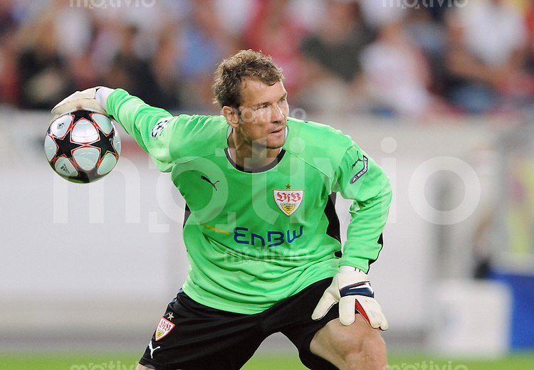 Fussball   International    Champions League  Qualifikation  Saison 2009/2010    VfB Stuttgart - FC Timisoara Jens Lehmann (Stuttgart) mit Ball