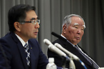May 12, 2017, Tokyo, Japan - Japan's  small car maker Suzuki Motor chairman Osamu Suzuki (R) watches president Toshihiro Suzuki (L) as he announces the company's financial result ended March 31 in Tokyo on Friday, May 12, 2017. Suzuki's operating profit soared 36.5 percent to 266.7 billion yen, thanks for Indian sales.   (Photo by Yoshio Tsunoda/AFLO) LwX -ytd-