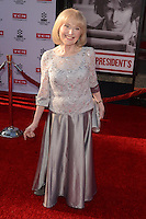 LOS ANGELES - APR 28:  Lillian Michelson at the TCM Classic Film Festival Opening Night Red Carpet at the TCL Chinese Theater IMAX on April 28, 2016 in Los Angeles, CA