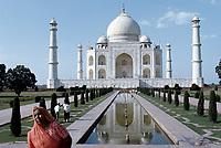 Taj Mahal, Inde<br /> <br /> <br /> (date inconnue)<br /> <br /> PHOTO : Michel Faugere Publiphoto- Agence Quebec Presse