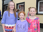 Lara Halpenny, Niamh and Cara O'Boyle pictured at the Ardee Beat on the Street. Photo: Colin Bell/pressphotos.ie