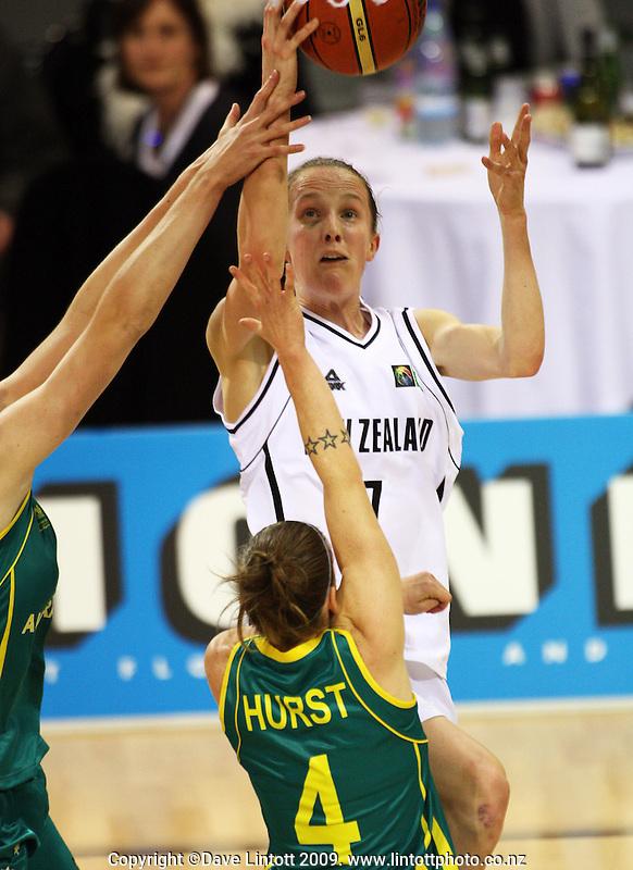 Tall Ferns' Antonia Edmondson lays a shot up during the International women's basketball match between NZ Tall Ferns and Australian Opals at Te Rauparaha Stadium, Porirua, Wellington, New Zealand on Monday 31 August 2009. Photo: Dave Lintott / lintottphoto.co.nz